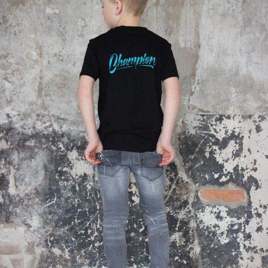 PROUD. KIDS Champion Shirt