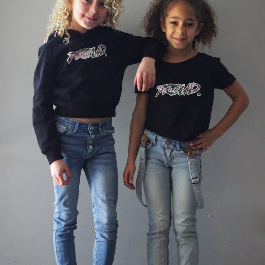 PROUD. 'GIRLS CROPPED' SHIRT